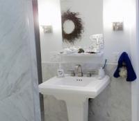 basement-bath-with-pedastel-sink-stowma