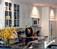 classic-white-painted-kitchen-with-mullion-style-glass-doors-wellesley-ma